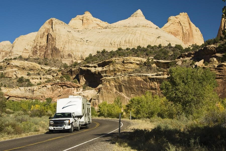 RV on Utah Road