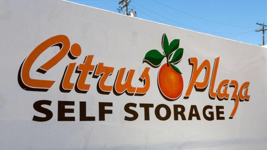 Exterior signage for Citrus Plaza Self Storage